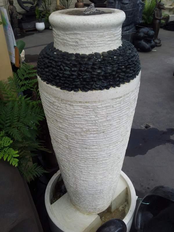 Pebble Pot White Terrazzo with Black Pebbles
