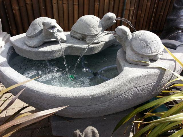 Turtles: Triple Turtle Water Feature