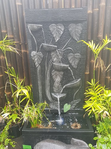 Pot to Pot Wall with Carving, Water Feature
