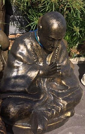 Monk, Sitting and Praying Monk (Shaolin)