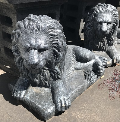 Lion Statue Lying Down (Small)