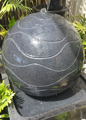 Ball Wavy Water Feature